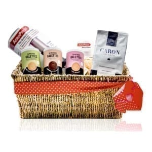 Gift hamper with coffee, biscuits and aeropress coffee maker.